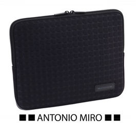 FUNDA TABLET. TAXSA. NEGRO